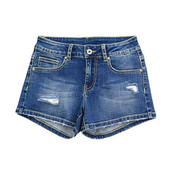 Shorts producidos en China. Producción para marcas internacionales.