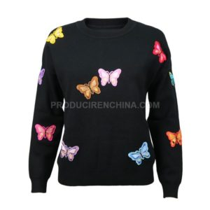 Sweater with Batches made in China by CTS, Customized Sweaters